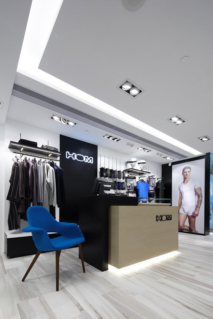 Retail Design: HOM (Hong Kong City Plaza)